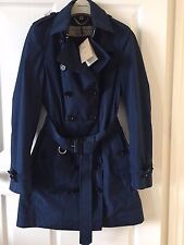 Burberry London Sandringham Trench Rain Coat Size 8 US Navy Blue, MSRP: $1395