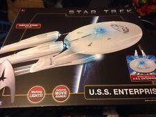 STAR TREK U.S.S. ENTERPRISE DETAILED  2009 MOVIE REPLICA SHIP
