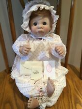 "VOE 22"" BEAUTIFUL First Moment Awake-Blue Eyes Lee Middleton Doll/Orig. Box"