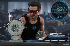 Hot Toys 1/6 Marvel Iron Man 2 Mms273 Tony Stark Arc Reactor Creation Figure