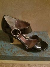 Euro Soft, black open toe, buckle shoe,,size7M,