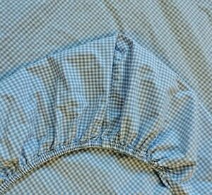 Pottery Barn Kids Blue White Crib Toddler Bed Fitted Sheet Freshly Laundered