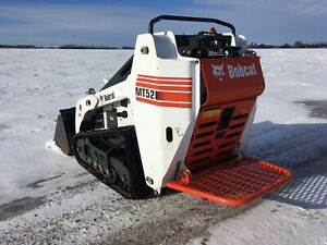 BOBCAT MT52 / MT55 RIDE ON MESH PLATFORM / STEP