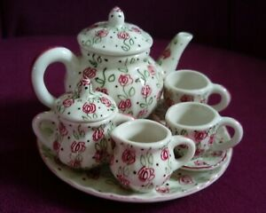 MINIATURE 10 PIECE TEA SET IN ABSTRACT FLORAL PINK TRAILING DESIGN NO STAMP