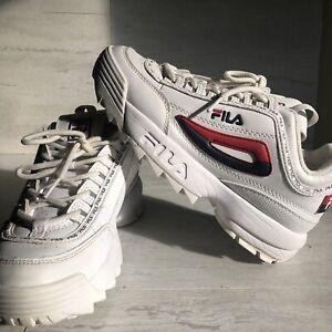 Fila Disruptor II 3D Embroider White Sneakers Mens Size 7 EUC