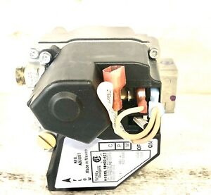 White Rogers Universal Electronic Ignition 24V Gas Valve 36H32-423 NATURAL GAS
