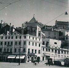 COIMBRA c. 1950 - Une Rue Des Commerces Portugal - Div 7149
