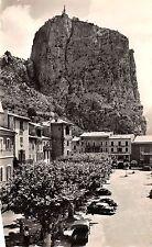 BR38029 Castellane la ville est dominee par un roc de 180 metres france