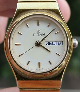Titan White Dial for women watch 886YAB India