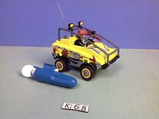 (K68) playmobil chasseur dans la savane avec vehicule amphibie + moteur