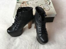 Ladies Size 5 Black Leather Lace Up Platform Ankle Boots ⭐️Jeffrey Campbell ⭐️