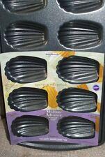 Wilton Advance Select Premium Nonstick 12-Cavity Madeleine Pan NEW