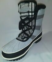 R44 Women's Gray Boot Comfort View Size 8 Wide brand new No Box