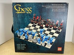 Lego G678 Knights Kingdom Chess Set (COMPLETE)