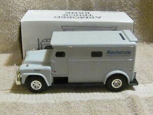 ERTL--1959 GMC ARMORED TRUCK--DIE CAST BANK Mackenzie 1/32 scale VHTF