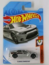 Hot Wheels Muscle Mania 15 Dodge Charger SRT 1:64 Scale Die-cast Model Toy Car
