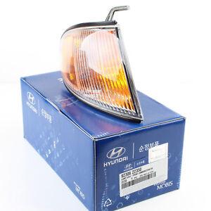 Genuine OEM Hyundai Corner Light (RH) for 98-99 Accent 92306-22350