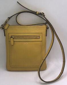 Coach crossbody messenger bag Yellow leather adjustable detachable strap