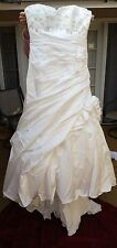 En Vogue Bridal Wedding Dress Style 4218 Size 16 Ivory White Silver Beads NEW