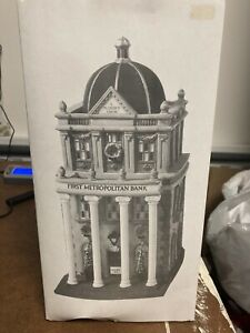 Dept 56 Christmas In The City Series - First Metropolitan Bank #5882-3
