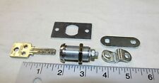 New ListingMedeco duracam dura cam lock w/ 1 working key plus extra mounting hardware