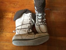 RIPCURL Vezuve Suede Beige Pull ON Snow/Winter Surf Boots Size: 10