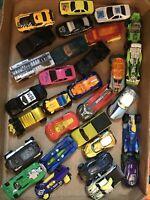 Lot of 30 Random Cars Hot Wheels, Matchbox, Maisto
