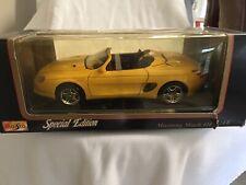 1/18 Mustang Mach III Die Cast Car