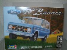 1/25 1966 FORD BRONCO 4X4 ** NOUVEAU **, REVELL Kit plastique