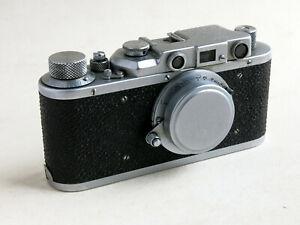 A FED 1d.  35mm. RANGEFINDER CAMERA. (Copy of Leica 11.)