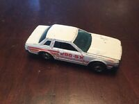 VINTAGE HOT WHEELS DATSUN 200 SX HONG KONG WHITE RED