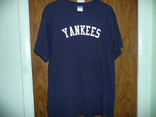 YANKEES NAVY BLUE T SHIRT SIZE LARGE AWESOME
