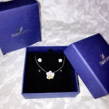 NWT Swarovski Billy Bee Set Flower Pendant Earrings Clear Light Crystal 5086252