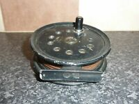 VINTAGE BLACK FLY FISHING REEL WITH RATCHET & FULL SPOOL OF LINE VGC FOR AGE