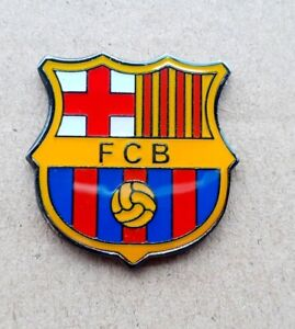 F C BARCELONA FOOTBALL CLUB PIN BADGE