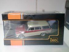 IXO 1/43 - FIAT 2300 FAMILIARE BEIGE / ROSSO