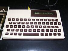 Molto RARO VINTAGE Grundy modello NewBrain Computer dell'annuncio (in buonissima condizione)