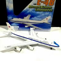 Dragon Wings 56269 US Air Force One 1/400 scale Boeing 747 E-4B Command model