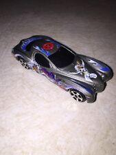 Maisto Marvel Xmen Storm 2002 Chrysler Atlantic Die Cast Toy Car (2)%
