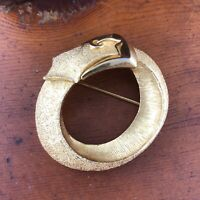 Vtg Crown Trifari Buckle Brooch Gold Tone Belt Buckle