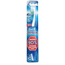 Oral-B Pro-Expert CrossAction Anti-Plaque 35 Medium Toothbrush