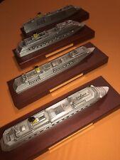 4 Mal Costa Kreuzfahrten Schiffsmodelle
