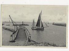Zeebrugge Entree du Port Belgium Vintage Postcard 328a ^