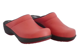 Sanita Hygge Wave Clogs - best nurse shoes - comfortable - Red leather
