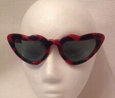 Fabulous True Vintage 80s Retro Carved Frame Red Heart Polka Dot Sunglasses Diva