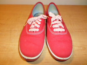 Vintage Super Jeepers Women's Size 6.5 (Extra Wide) Red Canvas Shoes - Fast Ship