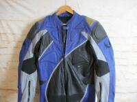 """BELSTAFF MENS ALL IN ONE ARMOURED LEATHER MOTORCYCLE JACKET SIZE 42"""" REF 1649"""