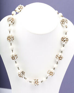 Vintage 1940s/1930s Western Germany White Plastic Carved Bead Necklace