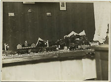 PHOTO ANCIENNE - VINTAGE SNAPSHOT - MAQUETTE MODÉLISME TRAIN JOUET - TOY 1928