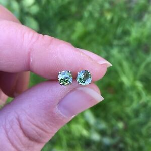 Stunning Hypoallergenic Untreated natural Green Sapphire 4mm stud earrings 🦚